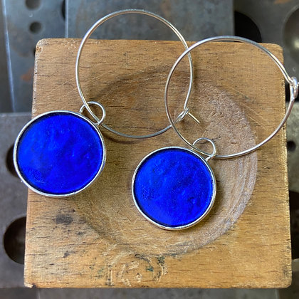 ULTRAMARINE ROUND DEEP COLOR EARRINGS