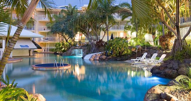 Classic_Alexandra-Beach-Pool1