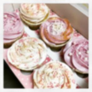 Cupcakes 🌹 #gateauxsurmesure #cupcakes