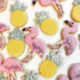 Biscuits décorés flamants roses et anana