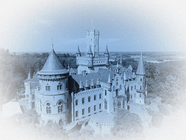 Schloss%20Marienburg_edited.jpg