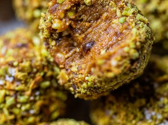 No Bake Pumpkin Pistachio Energy Balls