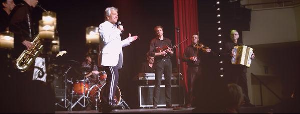 Frank Valentino Live 05.jpg