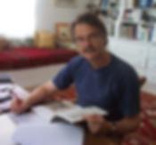 Alain Nadaud à son bureau en Tunisie, alainnadaud.com