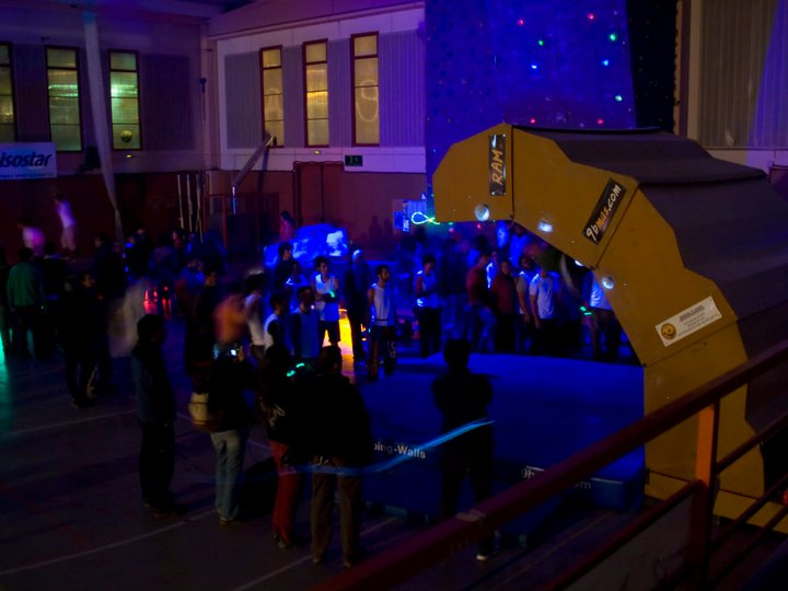 1r-open-rocodrom-nocturn-8