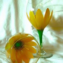 yellow flower painted wine glass