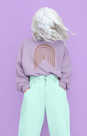 sweatshirt-mockup-of-a-woman-with-a-silv
