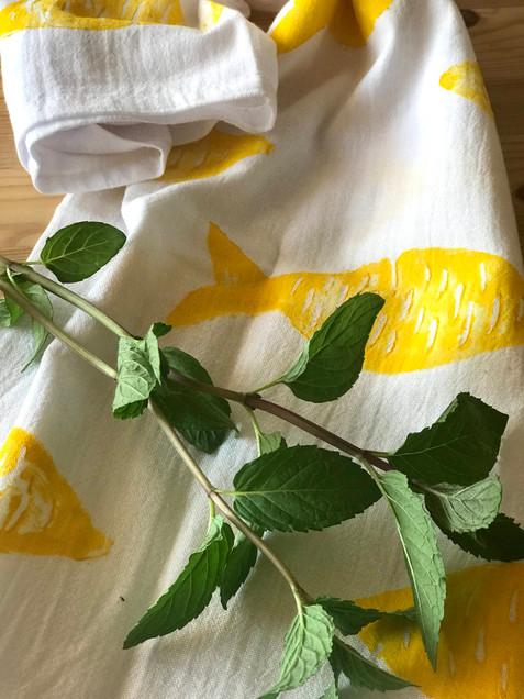 TZATZA kitchen towel in lemon