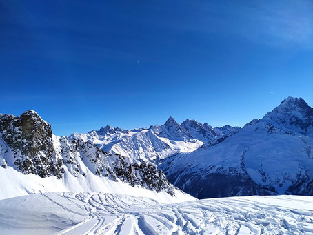 The Psychology of Skiing and Snowboarding