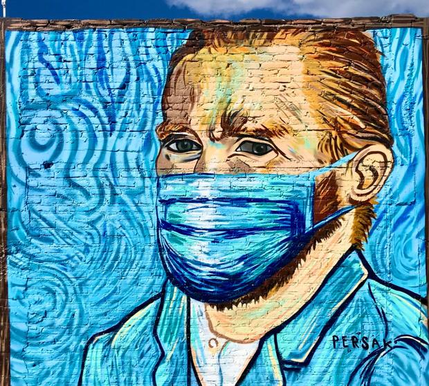San Miguel de Allende Murals: mask up!