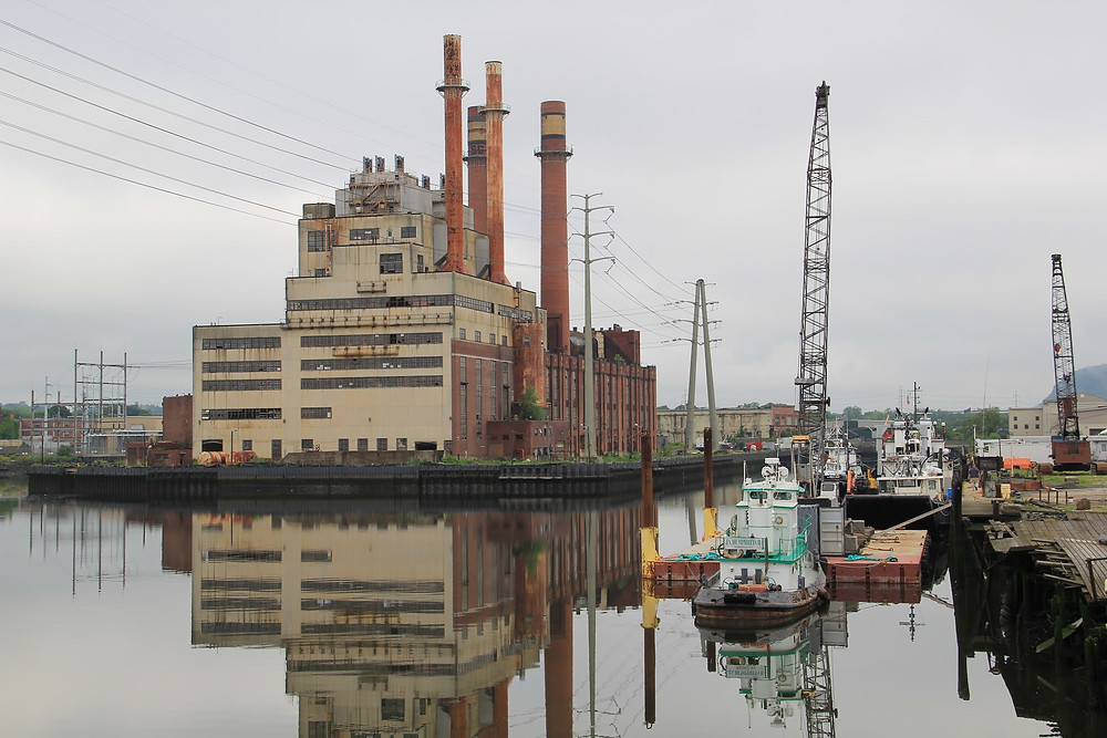 The Mill River in New Haven's industrial zone