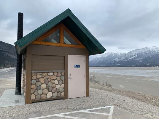 Jasper Outhouse