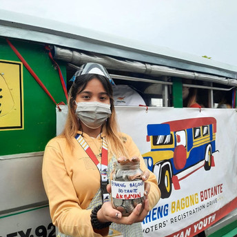 BYAHENG BAGONG BOTANTE | First time voters pool money to rent ride for voters registration