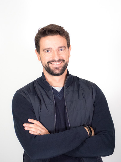 Iván Pérez COMMERCIAL DIRECTOR
