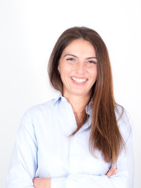 Ana Velayos KEY ACCOUNT MANAGER