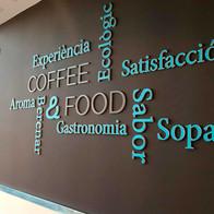 Desarrollo de imagen corporativa de las cafeterías Quirón