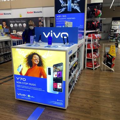 Implantación de marca en punto de venta para Vivo