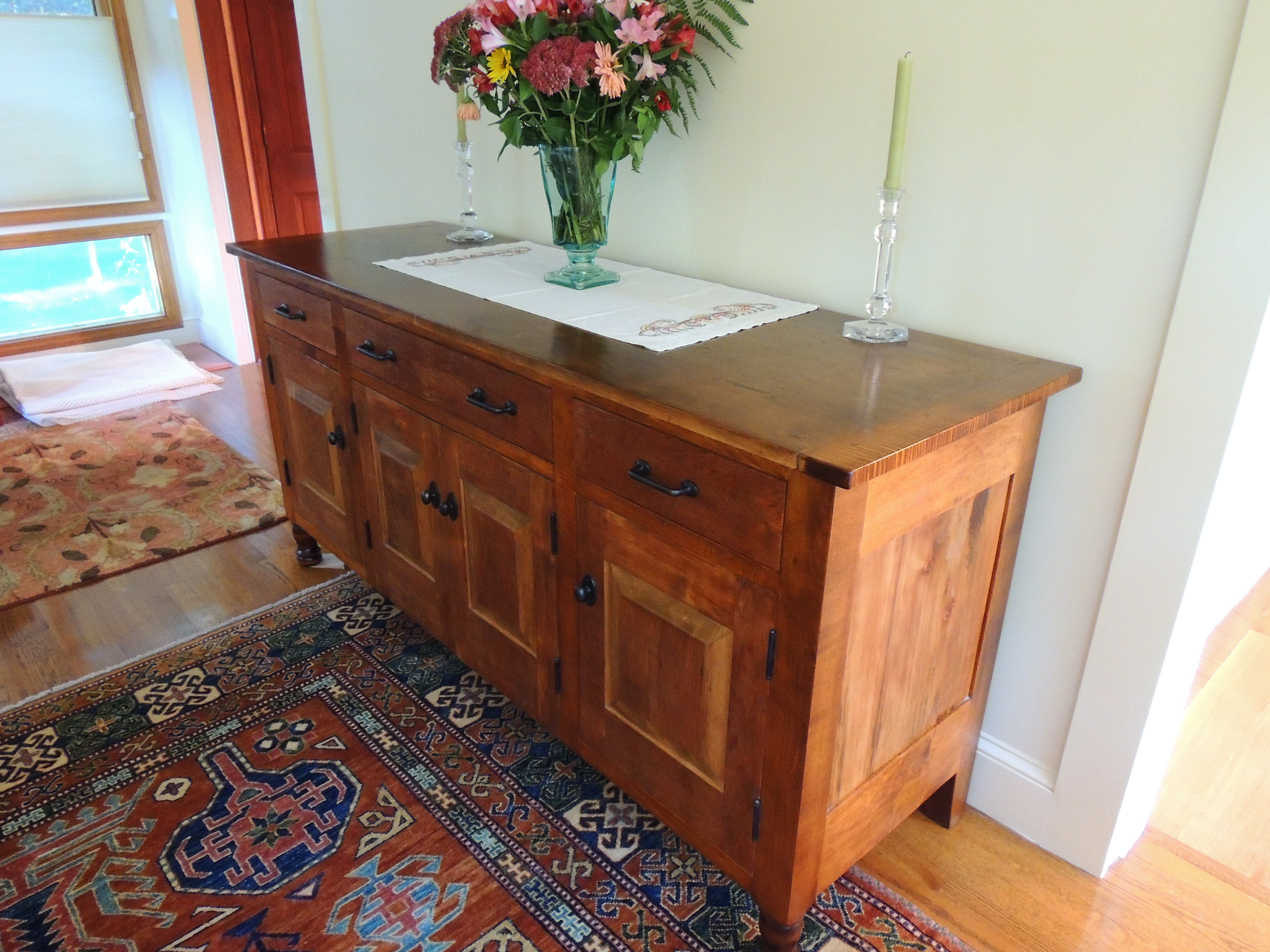 Sideboard in 200yr old Pine