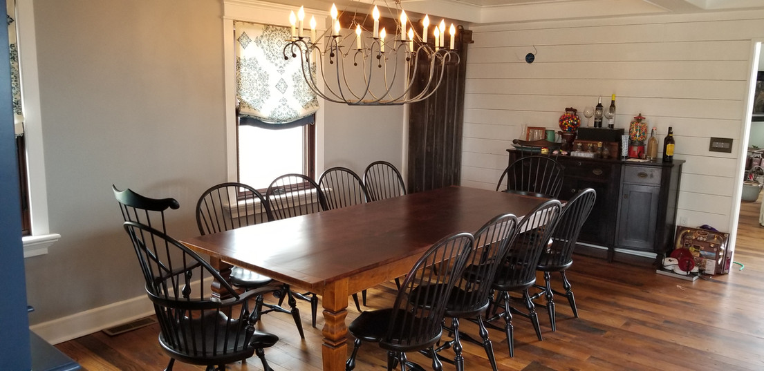 Reclaimed Pine top table w/Windsor chairs