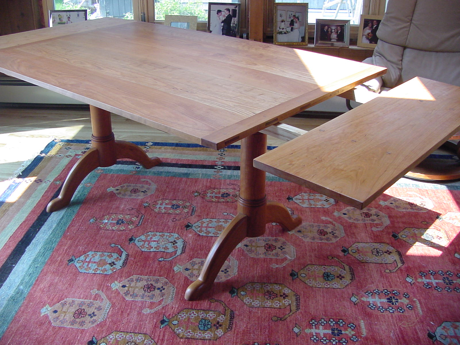 Shaker Pedestal trestle table