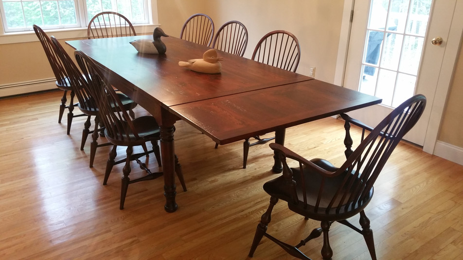 Reclaimed wood top sto-away table