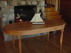 True oval table