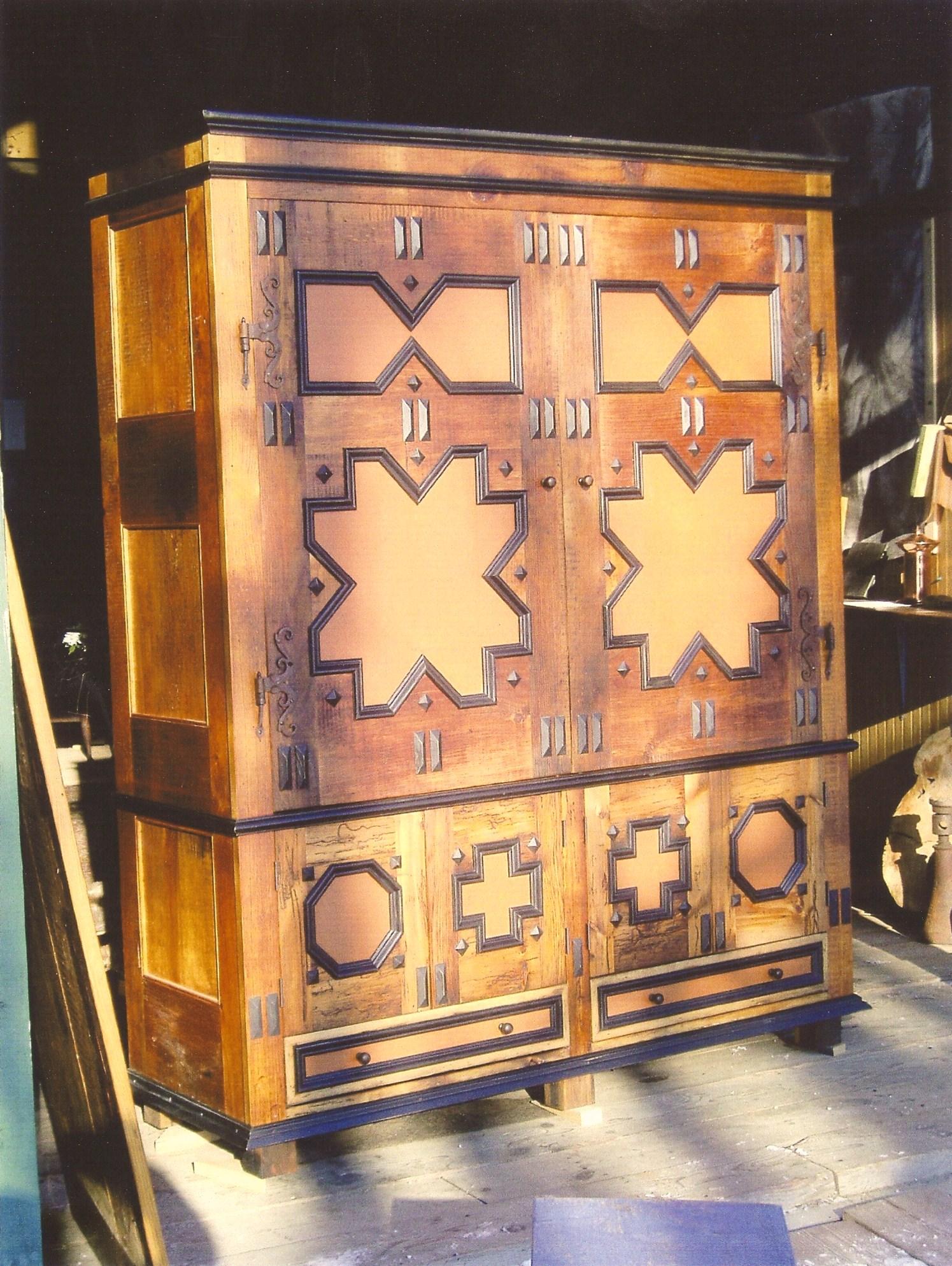 Custom Linen Press