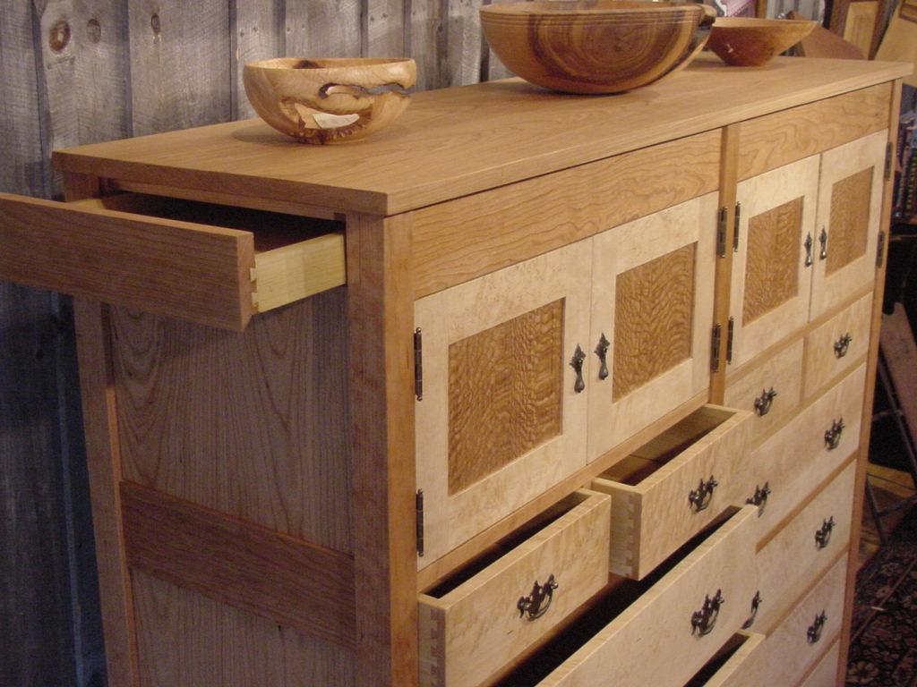 Hidden jewelry drawer