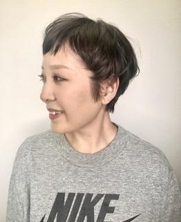 得意のくせ毛を生かしたショートスタイル☆YUKA
