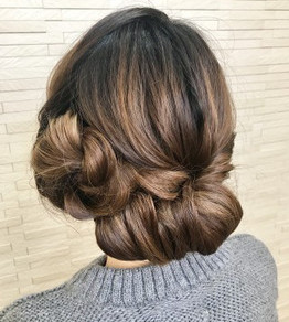『シニヨン』でご自分のヘアアクセサリーを生かせるヘアセット☆YUKA