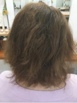こだわりのダメージレス縮毛矯正をご紹介します。