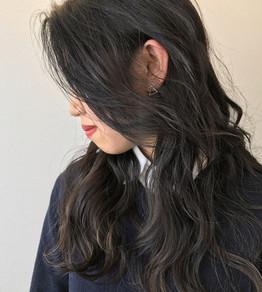 人気の髪質を柔らかくみせるカラーリング☆MAKOTO