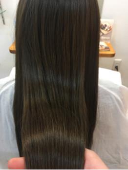 内部から補修、補給して艶やかなまとまりのある髪の毛に。