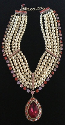 Queen Victoria Pearls And Colored Zircones.