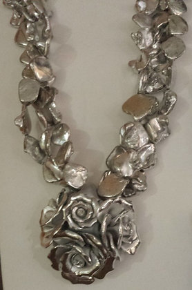 Artisan Crafted Rosettes Necklace