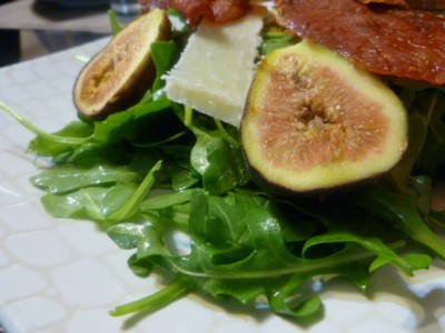 Fresh fig with prosciutto and arugula salad.jpg