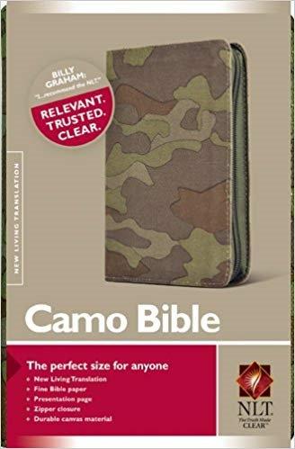 BIBLE NLT COMPACT ZIP 018 Green Camo Canvas