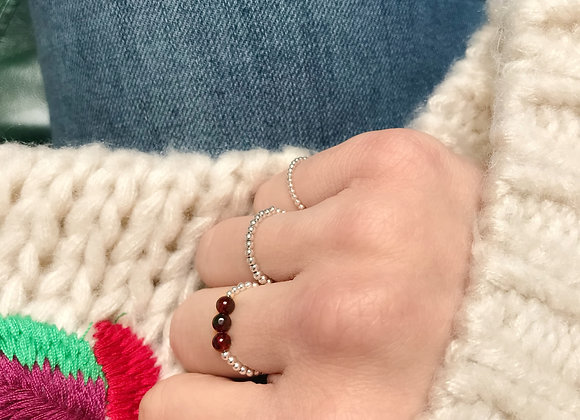 sterling silver ring with garnet gemstones lithotherapy stone woman present christmas
