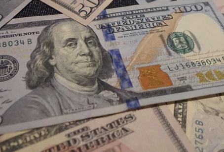 Financing Your Equipment Vs. Paying Cash