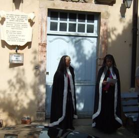 Deux comtesses chanoinesses.