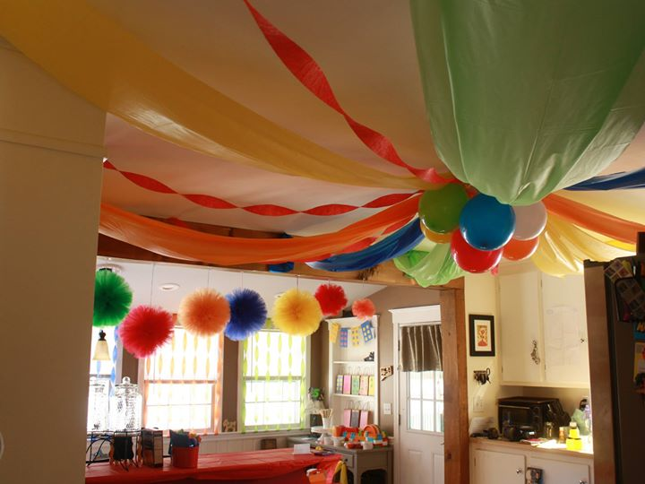 I love how bright kids party colors are