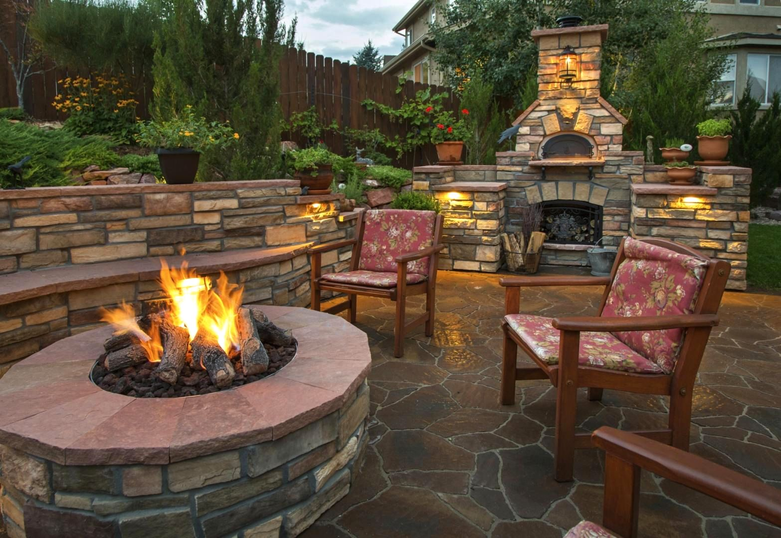 backyard-landscaping-fire-pit-design-bac