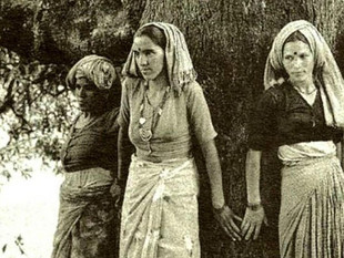 The Chipko Movement: Women at the Helm of Environmental Peacebuilding