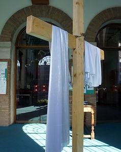 Empty Cross.JPG