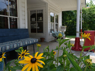 A Visit to Bynum's Front Porch
