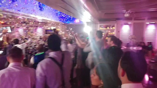 Weddings  Confetti Shots