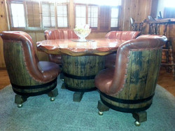Wonderful barrel table and 4 chairs