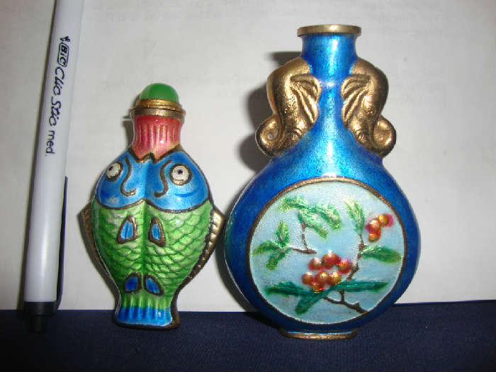 Cloisonne Fish snuff bottle and Cloisonne snuff bottle