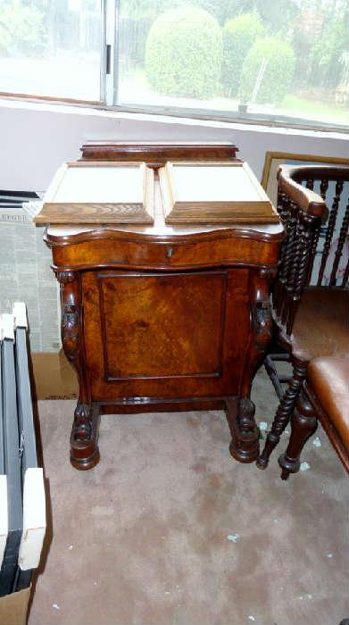 Dorothy Lamore desk