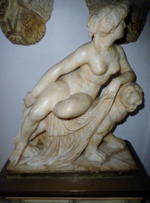 Nice Alabaster sculpture